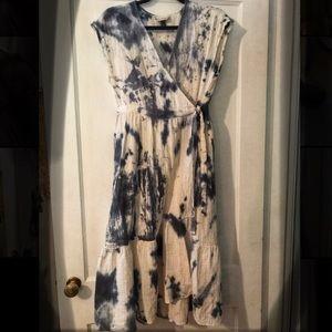 Universal Thread tie dye cotton wrap dress